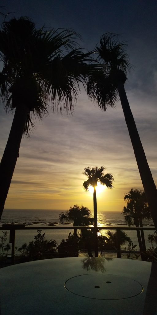 サンセットリゾートからの夕日